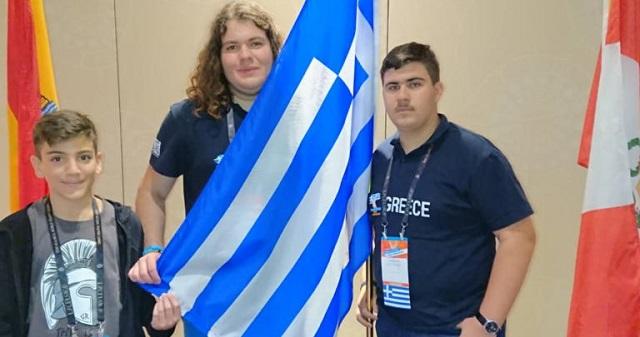 3 Ελληνόπουλα σάρωσαν τα βραβεία στον Παγκόσμιο Διαγωνισμό της Microsoft Office στη Ν. Υόρκη