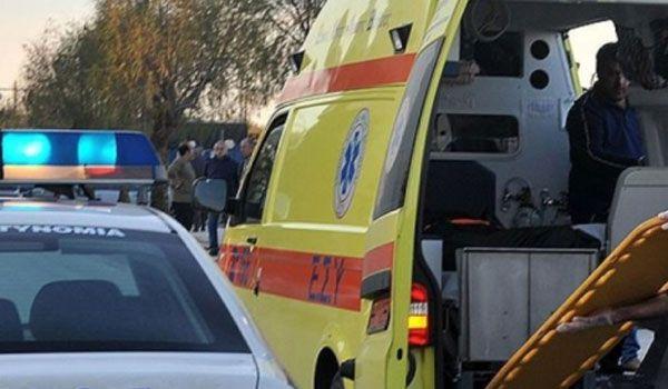 Ελαφρύς τραυματισμός δικυκλιστή σε τροχαίο στον κόμβο στα ΚΤΕΛ