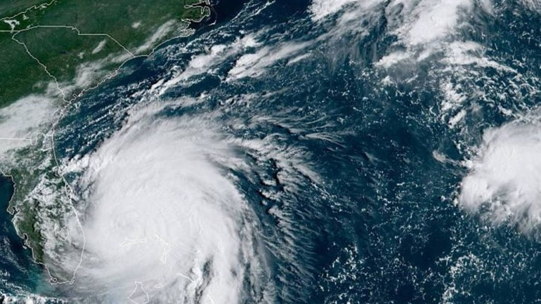 O κυκλώνας Ντόριαν έφτασε εξασθενημένος στον Καναδά