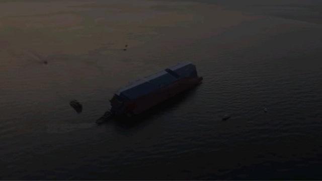 Αναποδογύρισε φορτηγό πλοίο έξω από τη Τζόρτζια των ΗΠΑ