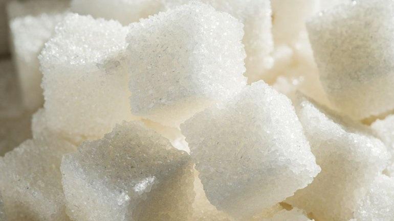 Γιατί η ζάχαρη μπορεί να προκαλεί αύξηση του βάρους
