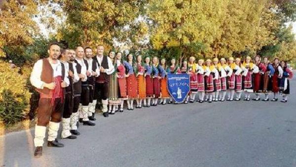 Μαθήματα παραδοσιακών χορών στον Σύλλογο «Τερψιχόρη»