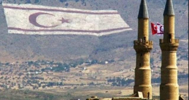 Κατεχόμενα: Ένταλμα σύλληψης για τον 16χρονο που κατέβασε τουρκική σημαία