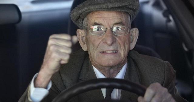 Πως θα ανανεώσουν το δίπλωμα οι 74χρονοι που έχουν «κοπεί»