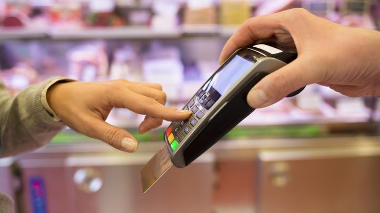 Tι αλλάζει από σήμερα στις συναλλαγές με κάρτες