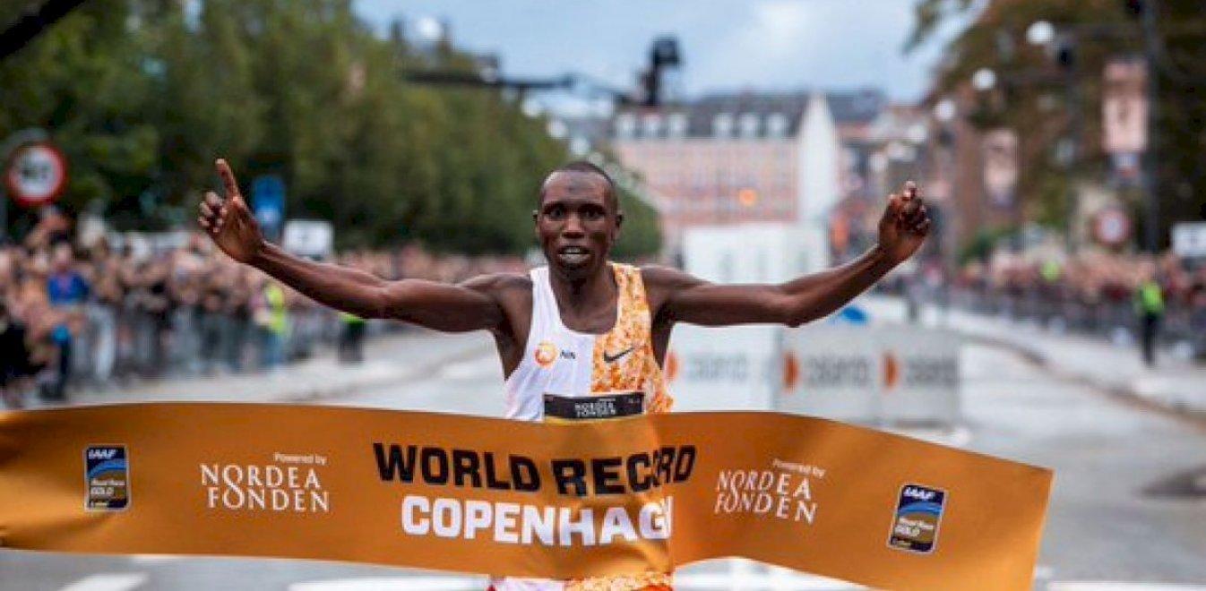 Ασύλληπτο παγκόσμιο ρεκόρ:Ο Τζέφρι Κάμγουορ στον ημιμαραθώνιο της Κοπεγχάγης