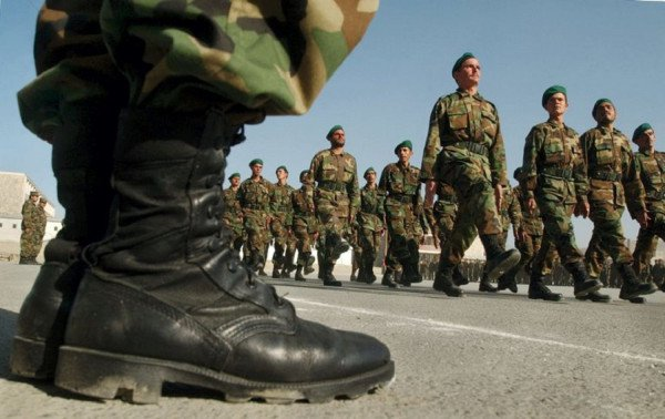 Δεν αυξάνεται η στρατιωτική θητεία -Τι δήλωσε ο υπ. Επικρατείας Γιώργος Γεραπετρίτης