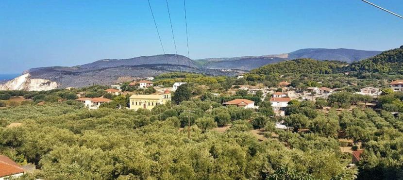 Ζάκυνθος: Εικόνες απόλυτης καταστροφής με το πρώτο φως της ημέρας