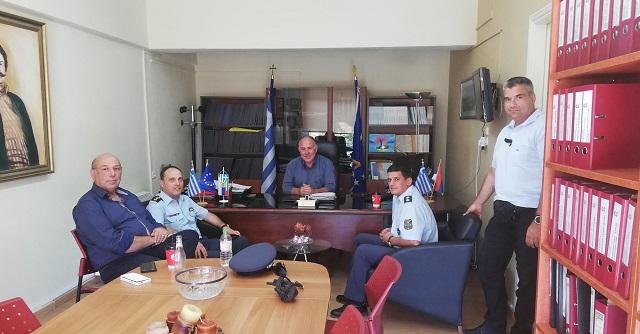 Επίσκεψη του Διευθυντή Αστυνομίας Μαγνησίας στον Δήμαρχο Ρήγα Φεραίου