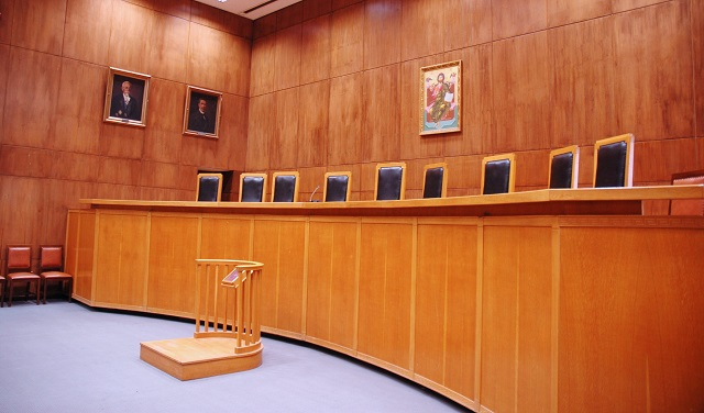 Δικηγόρος έπεσε νεκρός μέσα στο δικαστικό μέγαρο Θεσσαλονίκης