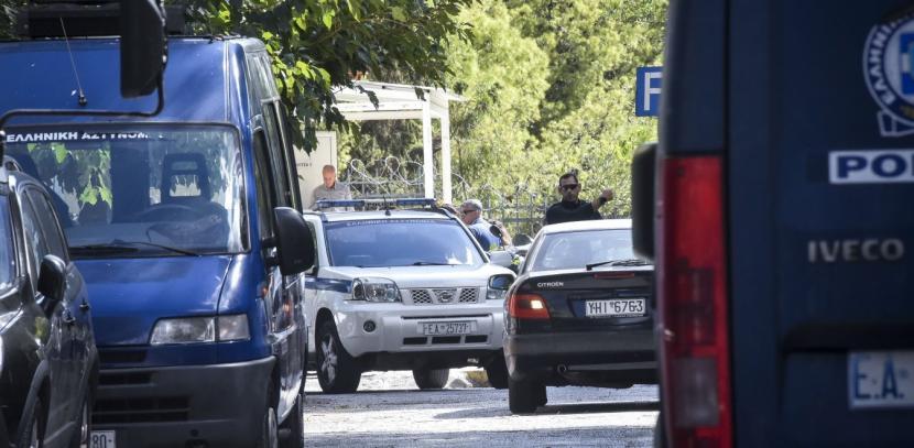 Λεωφορείο της ΕΛ.ΑΣ. προκάλεσε ατύχημα - Έσπευσε να εξαφανισθεί ο οδηγός