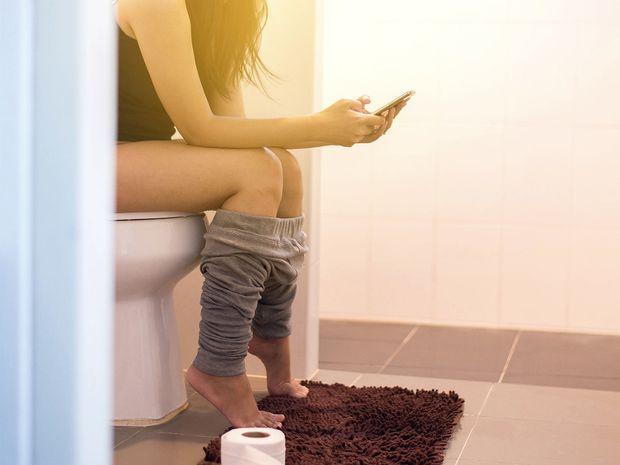 Τι ΔΕΝ πρέπει να κάνουμε όταν πηγαίνουμε στην… τουαλέτα