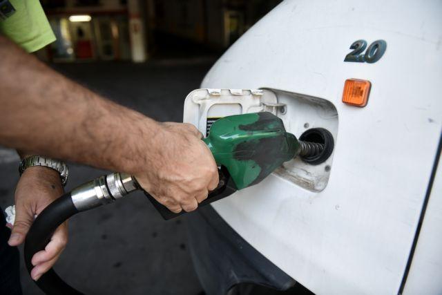 Τι αλλάζει στις τιμές του πετρελαίου και βενζίνης