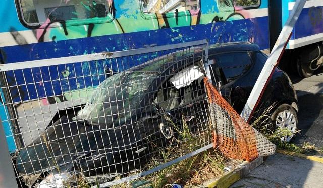 Ι.Χ. παρασύρθηκε από τρένο στη διάβαση της Ζάχου [photos]