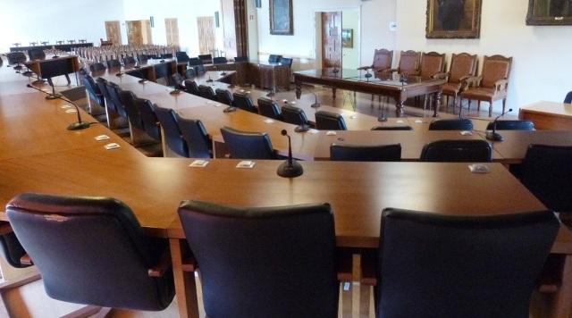 Ανάπλαση του πάρκου Αναύρου και επέκταση του Ξενία στο σημερινό δημοτικό συμβούλιο