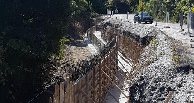 Συνεχίζεται η αποκατάσταση βλαβών στο οδικό δίκτυο του Πηλίου