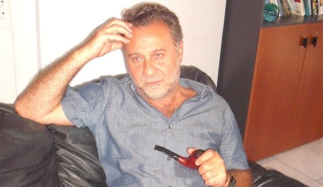 Βολιώτης Καθηγητής δίνει «φωνή» στους Ελληνες μετανάστες