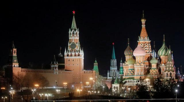 Ρωσία: Απαγόρευση καπνίσματος ακόμη και στα μπαλκόνια