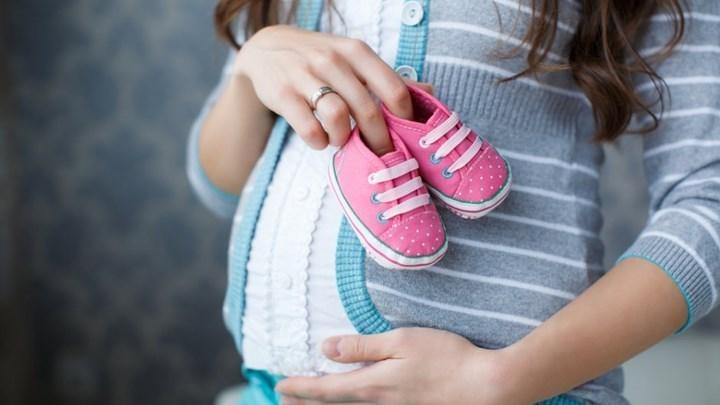 Ποιες αυτοαπασχολούμενες δικαιούνται επίδομα μητρότητας - Τα δικαιολογητικά που απαιτούνται