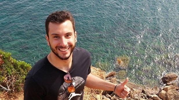 Oι αστυνομικοί αποχαιρετούν τον Αλέξανδρο Γκαμπλιώνη