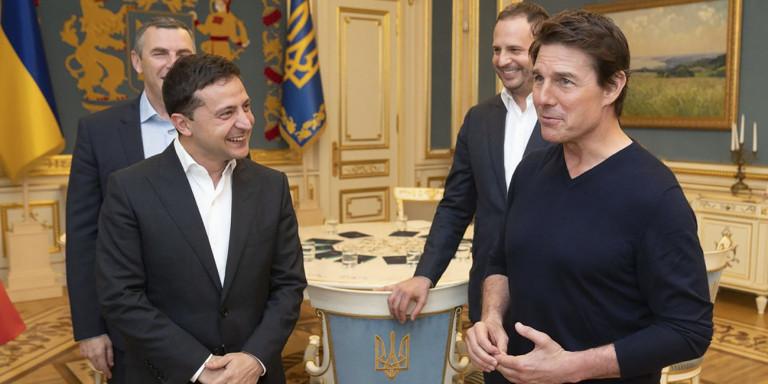 Η απίθανη ατάκα του Ουκρανού προέδρου στον Τομ Κρουζ: «Ωραίος είσαι...»