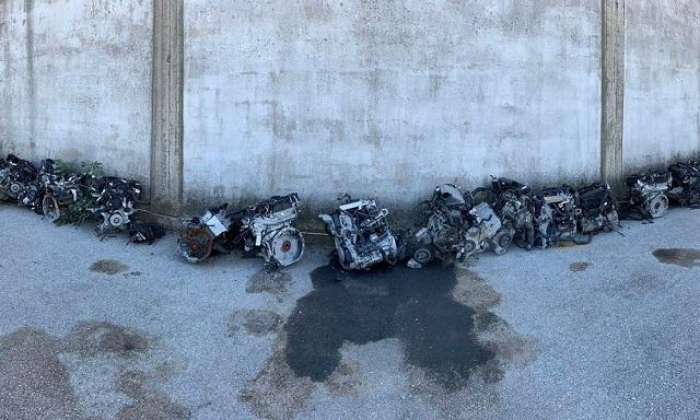 Πουλούσαν κινητήρες από κλεμμένα αυτοκίνητα