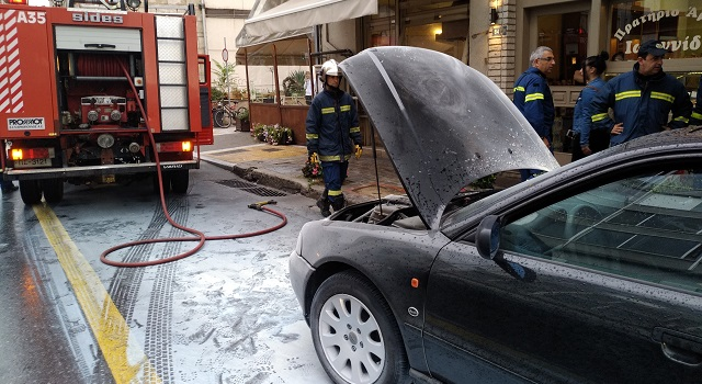 Φωτιά σε αυτοκίνητο στην Ιάσονος