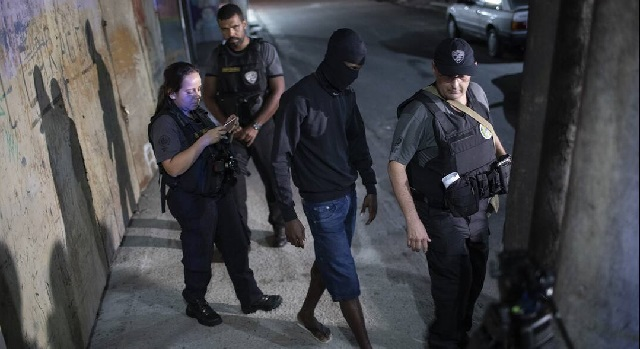 Βραζιλία: Nεκρή 8χρονη από πυρά αστυνομικού -Οι Αρχές απαίτησαν να τους παραδώσουν τη σφαίρα