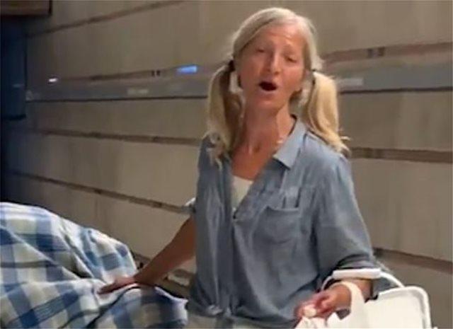 Η άστεγη σοπράνο του L.A. που έχει μαγέψει τα social media