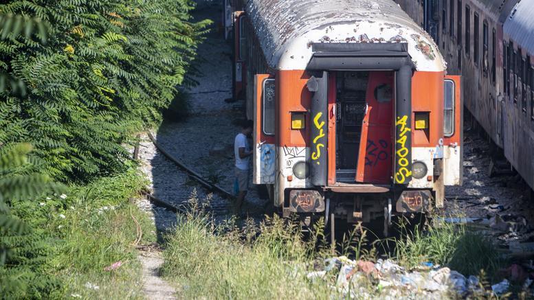 Καθυστερήσεις σε δρομολόγια του ΟΣΕ λόγω φωτιάς σε βαγόνια