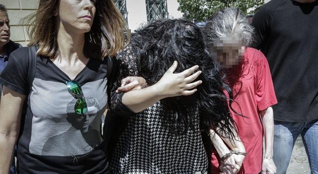 Πετρούπολη -Μητέρα νεκρού μωρού: Το έβαλα στη σακούλα και της είπα «πέτα την»