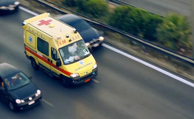 Τρεις τραυματίες από εκτροπή Ι.Χ. σε χαντάκι στη Ν. Αγχίαλο