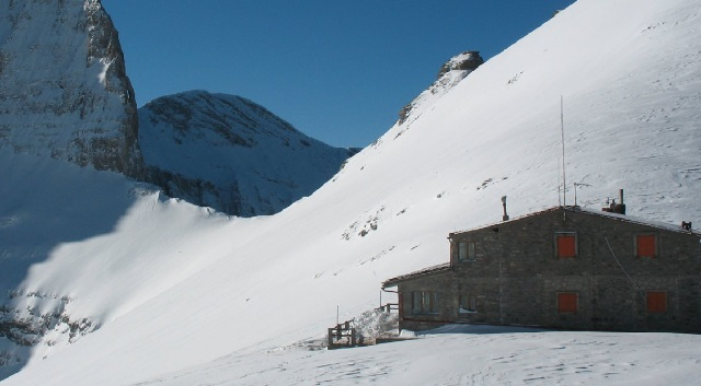 Το πρώτο πυκνό χιόνι στον Όλυμπο