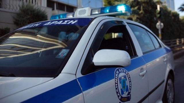 Συνελήφθη 35χρονος που χτύπησε τη σύζυγό του, άρπαξε τον γιο του και έφυγε