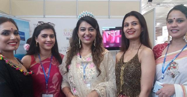 Διαγωνισμός ομορφιάς με πρωταγωνίστριες Ινδές καλλονές στη Χαλκιδική