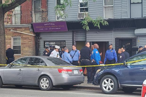Πυροβολισμοί με τέσσερις νεκρούς στο Μπρούκλιν
