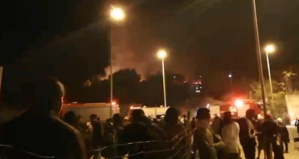 Πυρκαγιά στο ΚΥΤ Σάμου