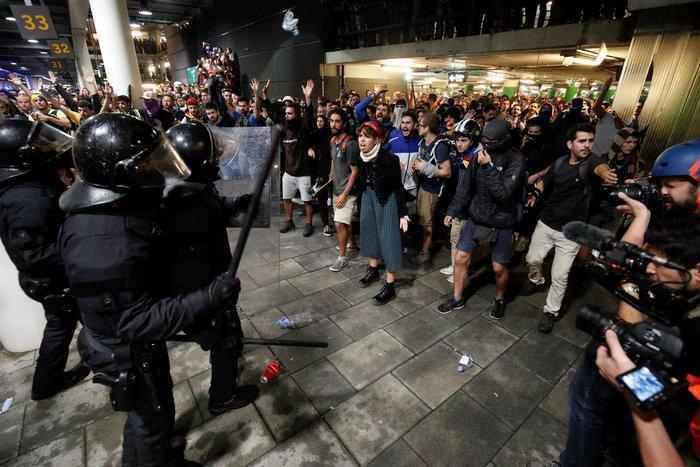 Βαρκελώνη:Ταραχές με 78 τραυματίες μετά την καταδίκη αυτονομιστών