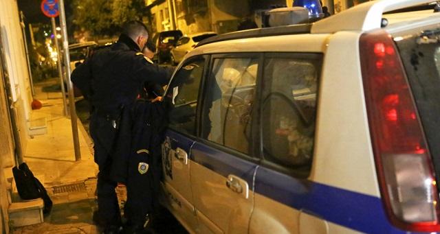 Ρομά ξυλοκόπησαν αστυνομικούς: Διακομίσθηκαν στο 401 ΓΣΝΑ