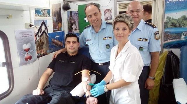 Εθελοντική αιμοδοσία στην Αστυνομική Διεύθυνση Μαγνησίας