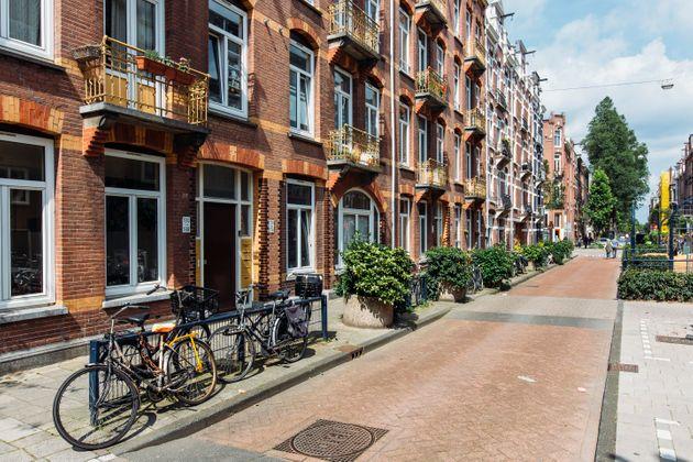 Γιατί οι Ολλανδοί δεν χρησιμοποιούν κουρτίνες στα παράθυρα;