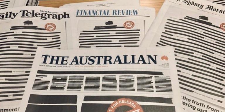 Αυστραλία: Γιατί οι εφημερίδες κυκλοφόρησαν με μαύρα εξώφυλλα και διαγραμμένα άρθρα
