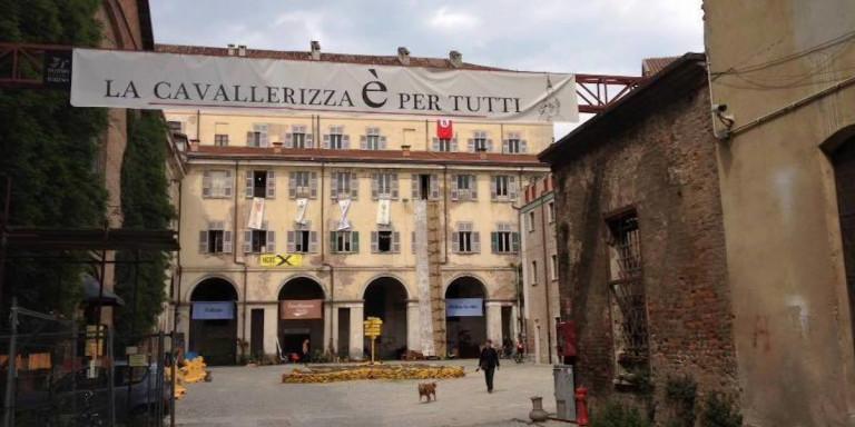 Ιταλία: Καίγεται τo Καβαλερίτσα Ρεάλε, μνημείο Πολιτιστικής Κληρονομιάς της UNESCO [εικόνες]