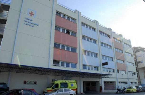 Νέο τροχαίο με μηχανή στη Λάρισα: Στο νοσοκομείο 3χρονο κοριτσάκι