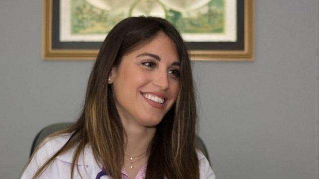 Από τις πασαρέλες στα «Επείγοντα»: Η εντυπωσιακή εστεμμένη ομορφιάς που έγινε γιατρός