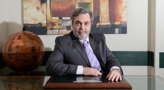 Ο χειρουργός Δημήτρης Φιλίππου νέος πρόεδρος του ΕΟΦ