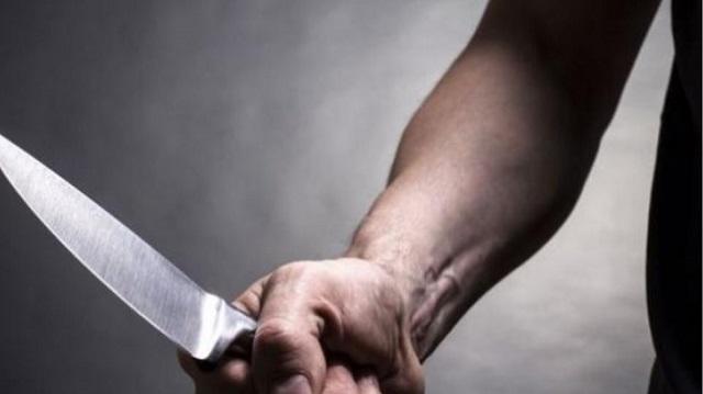 Συνελήφθη «νταής» που απείλησε με μαχαίρι αστυνομικούς
