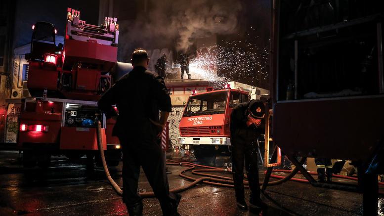 Νεκρή γυναίκα σε φωτιά σε διαμέρισμα στη Γλυφάδα