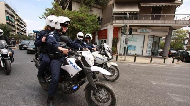 Αρχηγός σπείρας διέταξε pitbull να επιτεθεί σε αστυνομικούς