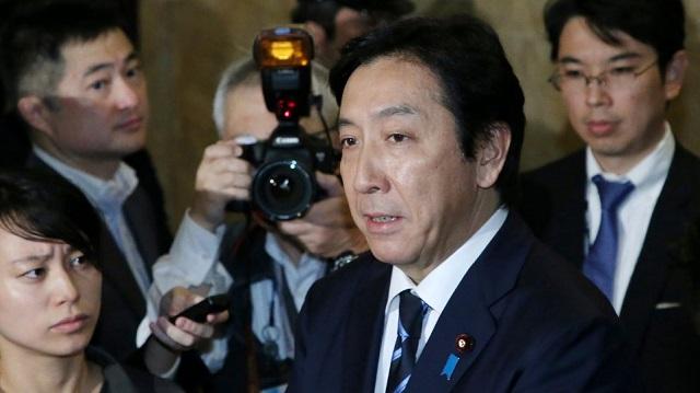 Ιάπωνας υπουργός παραιτήθηκε για δωροδοκία ψηφοφόρων με πεπόνια, καβούρια και σολομό